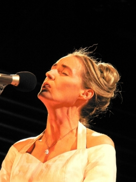 600full-lisa-gerrard