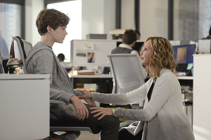 """How Does She Do It?"" -- Kara's two identities are stretched thin when Supergirl must protect National City from a series of bombings and Kara is tasked with babysitting Cat's son, Carter, on SUPERGIRL, Monday, Nov. 16 (8:00-9:00 PM, ET/PT) on the CBS Television Network. Pictured left to right: Levi Miller and Calista Flockhart Photo: Darren Michaels/Warner Bros. Entertainment Inc. © 2015 WBEI. All rights reserved."