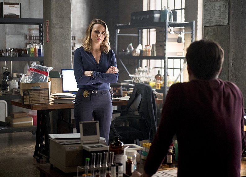 The-Flash-Season-2-Patty-Confronts-Barry