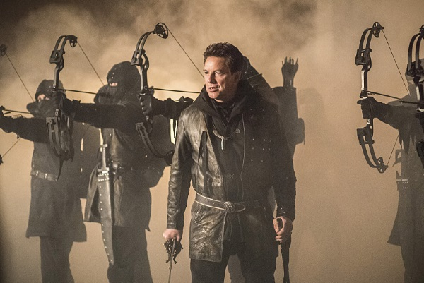 "Arrow -- ""Sins of the Father"" -- Image AR413b_0549b.jpg -- Pictured John Barrowman as Malcolm Merlyn -- Photo: Dean Buscher/ The CW -- © 2016 The CW Network, LLC. All Rights Reserved."