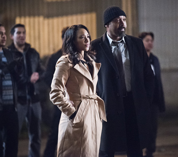 """The Flash -- """"Fast Lane"""" -- Image: FLA212A_0257b.jpg -- Pictured (L-R): Candice Patton as Iris West and Jesse L. Martin as Detective Joe West -- Photo: Dean Buscher/The CW -- © 2016 The CW Network, LLC. All rights reserved."""