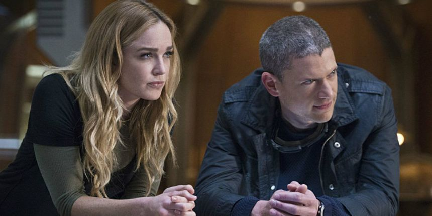 Legends-of-Tomorrow-Wentworth-Miller-As-Lenord-Snart-and-Caity-Loltz-as-Sara-Lance-In-Fail-Safe