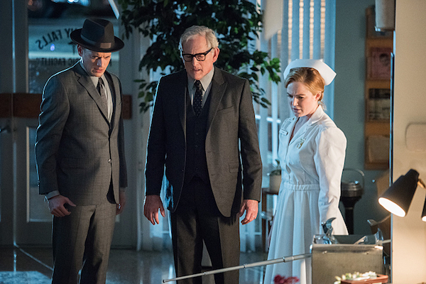 """DC's Legends of Tomorrow -- """"Night of the Hawk"""" -- Image LGN108a_0591.jpg -- Pictured (L-R): Wentworth Miller as Leonard Snart / Captain Cold, Victor Garber as Professor Martin Stein, and Caity Lotz as White Canary -- Photo: Dean Buscher/The CW -- © 2016 The CW Network, LLC. All Rights Reserved"""