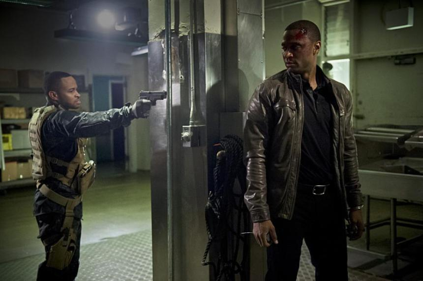 andy-y-diggle-en-el-episodio-20-de-arrow