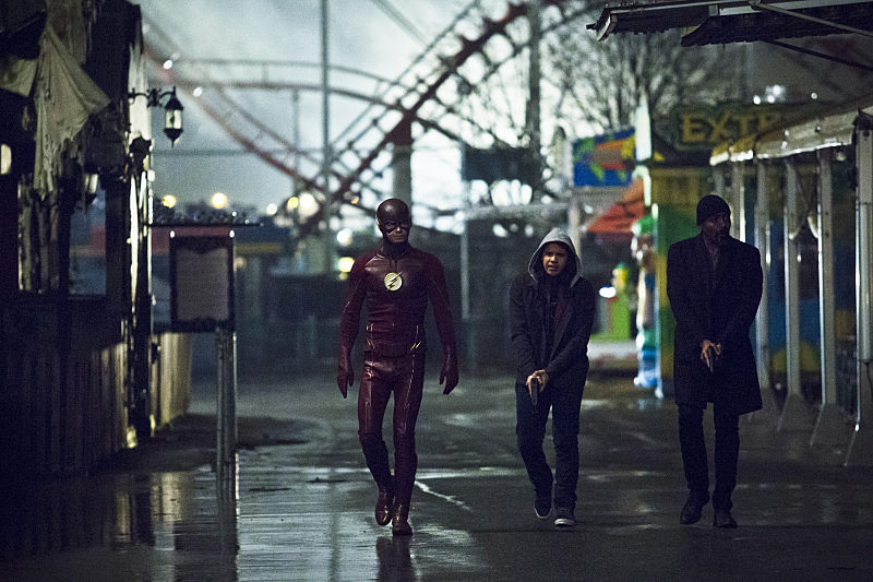"The Flash -- ""Back to Normal"" -- Image: FLA219b_0036b.jpg -- Pictured (L-R): Grant Gustin as The Flash, Carlos Valdes as Cisco Ramon and Jesse L. Martin as Detective Joe West -- Photo: Katie Yu/The CW -- © 2016 The CW Network, LLC. All rights reserved."