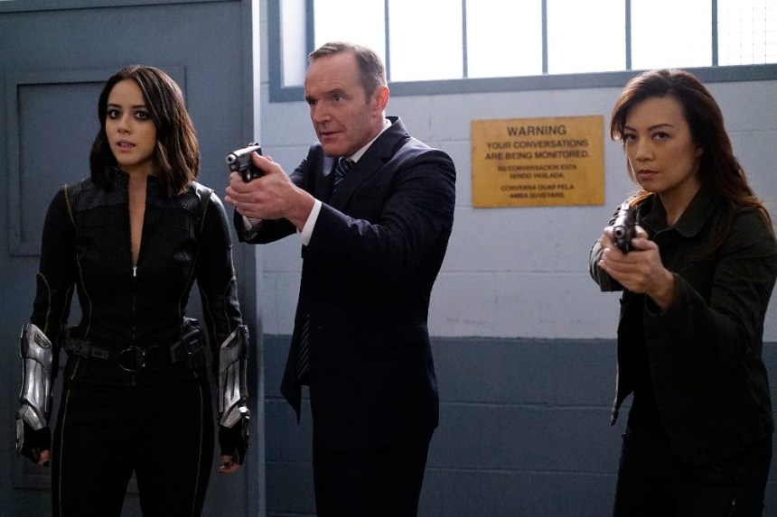 "MARVEL'S AGENTS OF S.H.I.E.L.D. - ""Lockup"" - As Robbie Reyes struggles to control The Ghost Rider, S.H.I.E.L.D. infiltrates a high-security prison to unravel the secrets that haunt them all, on ""Marvel's Agents of S.H.I.E.L.D.,"" TUESDAY, OCTOBER 25 (10:00-11:00 p.m. EDT), on the ABC Television Network. (ABC/Jennifer Clasen) CHLOE BENNET, CLARK GREGG, MING-NA WEN"