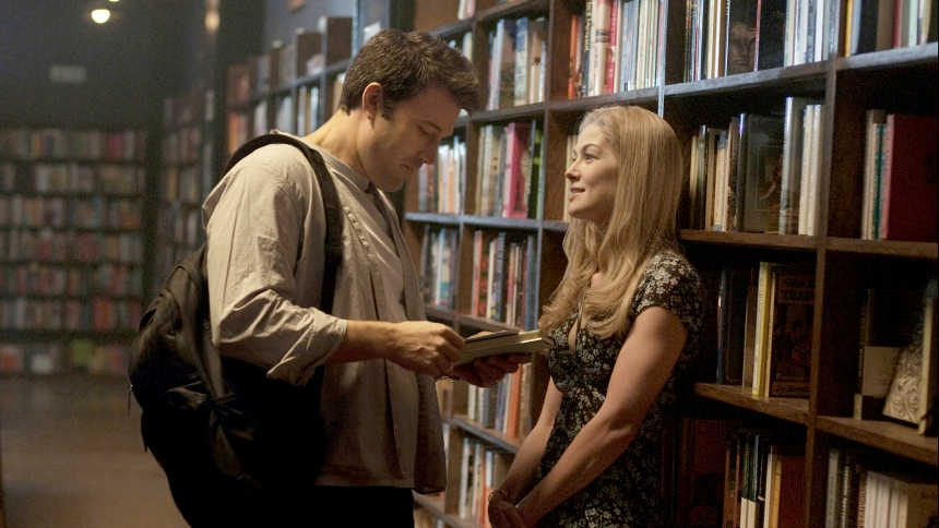 GONE GIRL, from left: Ben Affleck, Rosamund Pike, 2014. ph: Merrick Morton/TM & copyright ©20th Century Fox Film Corp. All rights reserved/courtesy Everett Collection