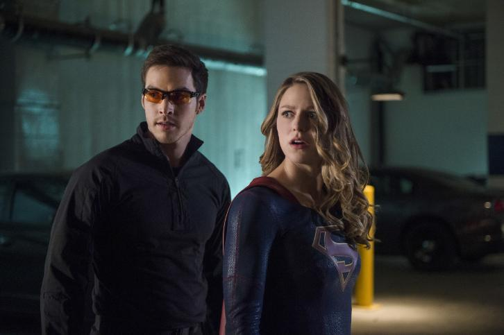 supergirl-season-2-photos-4-www-imagesplitter-net